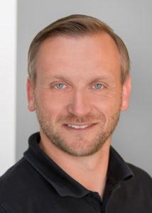 Serviceberater-Sven-Ahrens