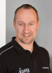 Teiledienstmitarbeiter Christoph Schwarz